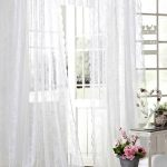 Summer curtains: 7 budget tips