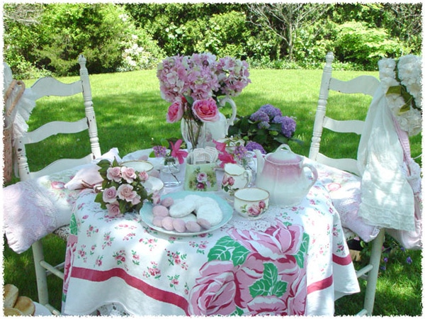 after noon tea party