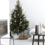 Hot trend – Black Christmas decor